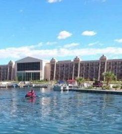 Blue Water Resort & Casino